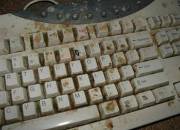 Не работает клавиатура на компьютере. Что делать